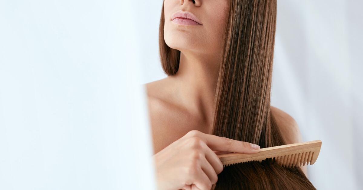 髪の毛 とかす