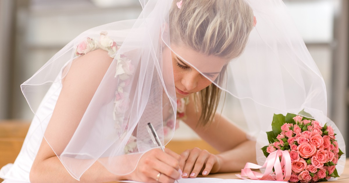 結婚式 ペーパーアイテム 節約 コツ