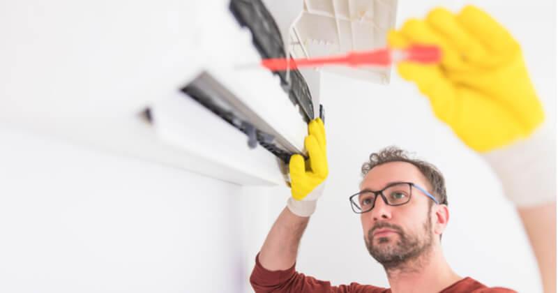 エアコンのファン掃除の具体的な手順